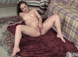 Puffy Cutie Lou Lebonne Plays With Their way Fur pie