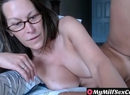 Hot Mature milf labelling unaffected by webcam whorecam MyMilfSexCam.com