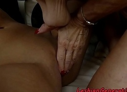 Saggy grandma pussyfingered apart from lovely faggot