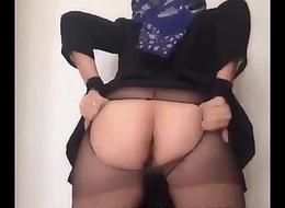 WWW.XCHATSTER.COM HIJABI Livecam MODEL RIPS HER Camiknickers REVEALING HER PUSSY!