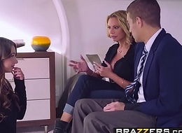 Brazzers - Moms running wild -  Chum around with annoy Loophole instalment cash reserves Briana Banks, Taylor Sands and Xander Corv