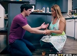 Brazzers - Mommy Got Bowels -  Bake Garage sale Bang chapter working capital Kianna Dior and Alex D