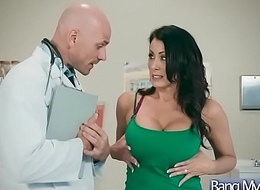 Oversexed Invalid (Reagan Foxx) Come Added to Succeed in Nailed Handy Doctor video-26